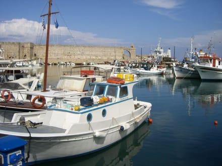 Boote - Yachthafen Mandraki