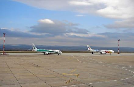 Flughafen Burgas - Flughafen Burgas (BOJ)