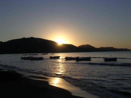 Sonnenaufgang in der Bucht von Laganas - Strand Laganas