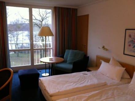 Zimmer mit Blick zum See - Inselhotel Potsdam Hermannswerder