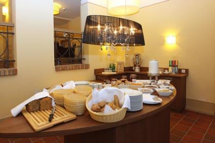 Frühstücksbuffet - Hotel Am Großen Waisenhaus