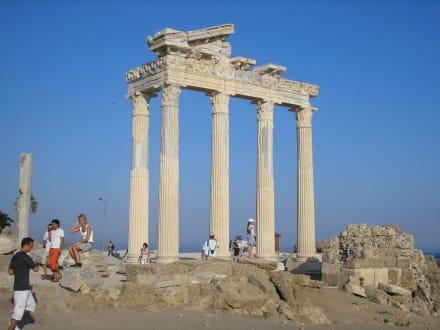 Apollon Tempel - Apollon Tempel