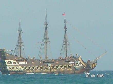 Piratenschiff - Piratenschifffahrt Hammamet-Yasmine