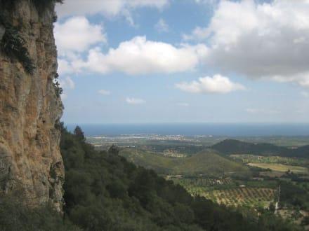 Castell de Santueri - Ausblick - Castell de Santueri
