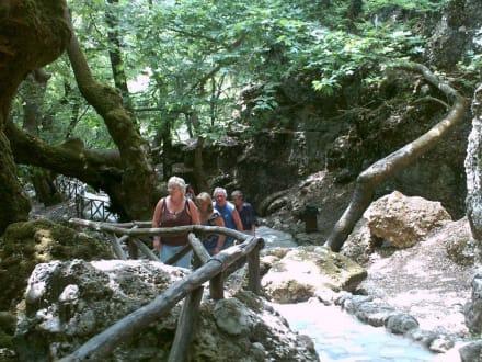 schwerer Aufstieg-durstige Kehlen - Peta Loudhes / Tal der Schmetterlinge