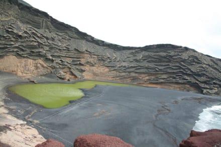 Der smaragdgrüne Kratersee von El Golfo - Charco de los Clicos / Grüner See
