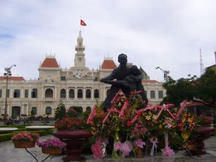 Rathaus Saigons - Rathaus