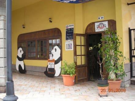 Eingang ins Panda - Panda Bar (geschlossen)