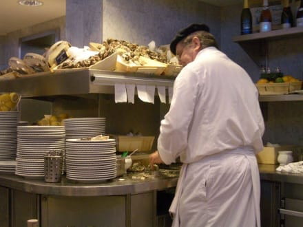 Austernbar im KaDeWe - Restaurant im KaDeWe