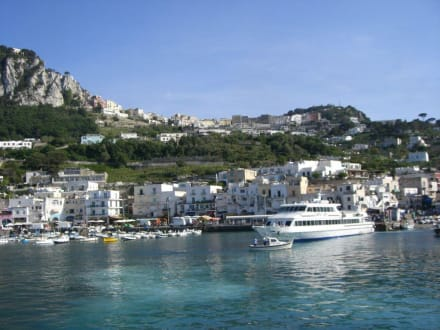 Küste von Capri - Hafen Capri
