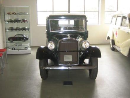 BMW 3/20 PS-Typ AMÄ 4 Rolldach-Limousine, 1933 - Automobile Welt Eisenach