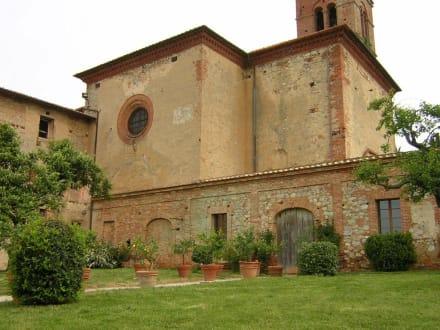 Der Westflügel der Kirche - Sant Anna