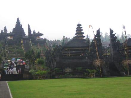 Muttertempel - Muttertempel Pura Besakih - Pasar Agung
