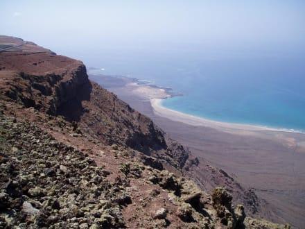 Lanzarote: Aussicht vom Mirador del Rio - Mirador del Río