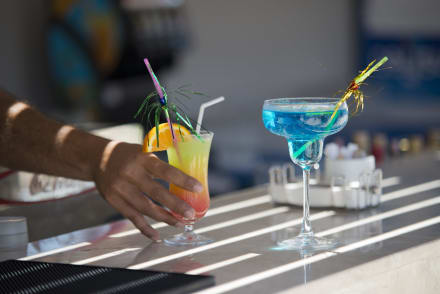 Pool Bar -