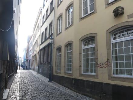Typisches Straßenbild der Atlstadt - Altstadt Köln