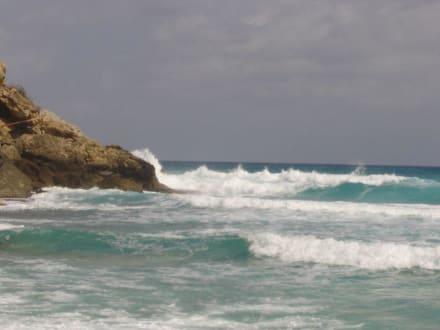 Wellen am Strand von Cala Mesquida - Strand Cala Mesquida