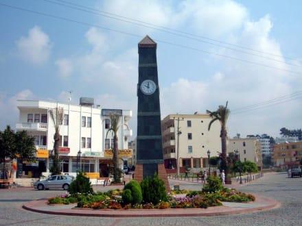 Uhr von Avsallar - Uhrturm in Avsallar