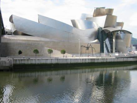 Guggenheimmuseum in Bilbao - Guggenheim Museum