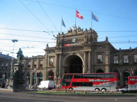 Bahnhof Zürich - Bahnhof Zürich