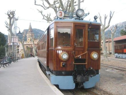 Eisenbahn Palma-Sóller - Zug Tren de Sóller 'Roter Blitz'