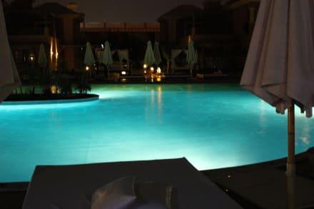 regen in gypten bild hotel fantasia 1001 nacht alf leila wa leila in hurghada hurghada. Black Bedroom Furniture Sets. Home Design Ideas