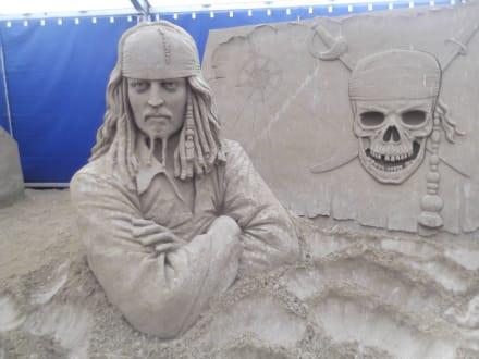 Fluch der Karibik - Sandskulpturen Festival