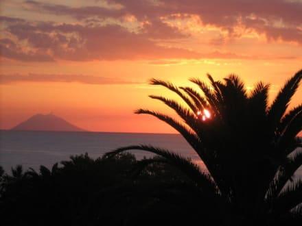 Sonnenuntergang - II - Hafen Tropea