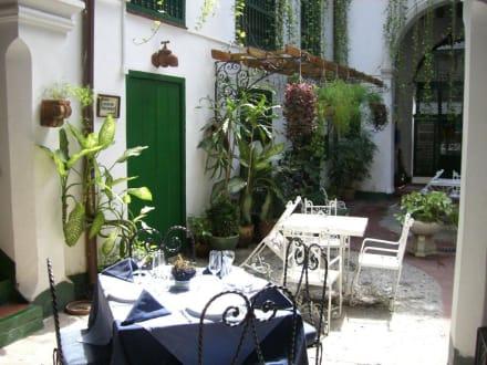 Innenhof- Restaurant - Altstadt Havanna