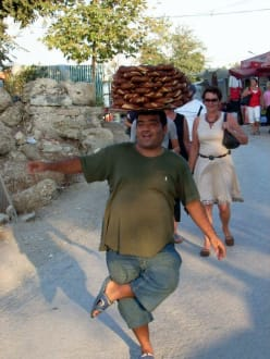 Brezelverkäufer vor'm Amphitheater - Tour & Ausflug