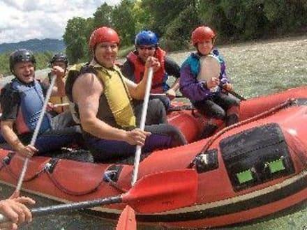 Rafting auf der Isar mit Montevia - Montevia