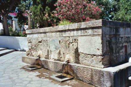 Kos, Spät-Mittelalterlicher Dorfbrunnen in Pyli - Palio Pyli