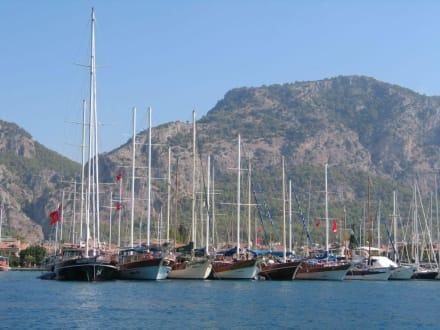 Yachthafen Göcek - Blaue Reise