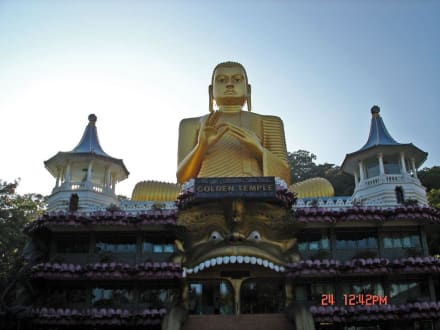 Goldener Tempel - Höhlentempel Dambulla