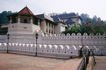 Kandy - der Zahntempel  - Dalada Maligawa (Zahntempel)