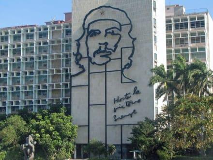 Che Guevara - Kubanisches Innenministerium