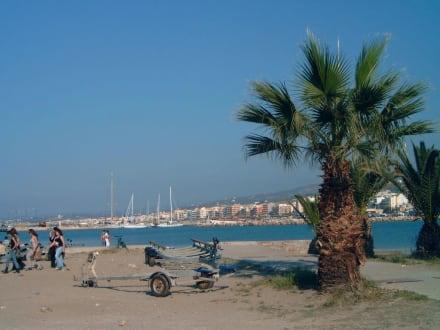 Der strand am Hafen - Hafen Rethymno