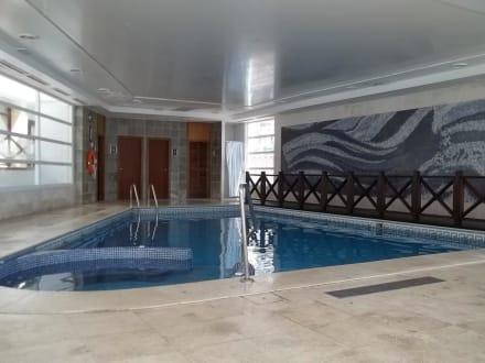 Hallenbad absolut dreckig - Hotel HM Gran Fiesta