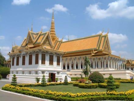 Königspalast in Phnom Penh/Krönungshalle - Königspalast