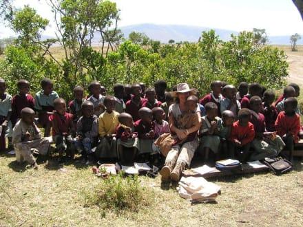 """""""Buschschule"""" - Masai Mara Safari"""