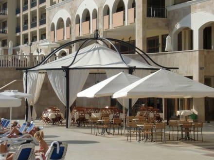 Außenbereich des Restaurants - Hotel Sol Nessebar Palace