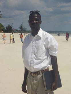 Safari Ansprechpartner am Strand - WT Safaris Limited