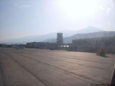 Airport Innsbruck - Flughafen Innsbruck (INN)