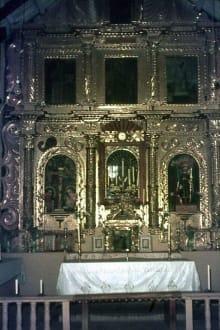 Der vergoldete Altar in der Kirche von Uquia - Uquia