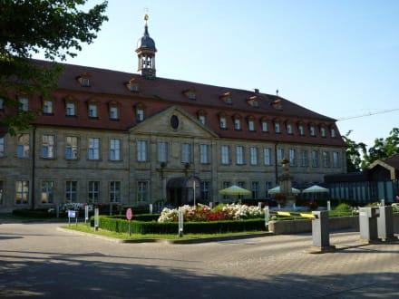 Hauptgebäude und Eingang - Welcome Hotel Residenzschloss