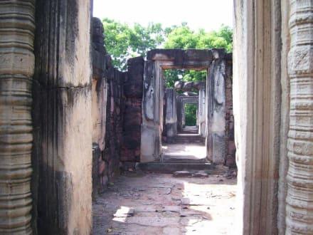 Alte Gänge - Khmer Tempel