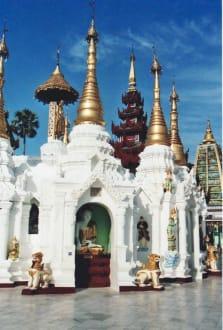 Stupas - Shwedagon Pagode