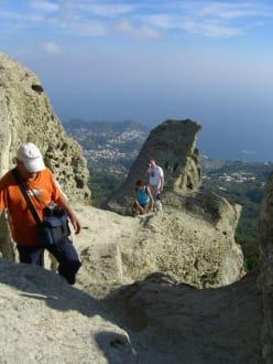 Auf dem Gipfel des Epomeo - Monte Epomeo