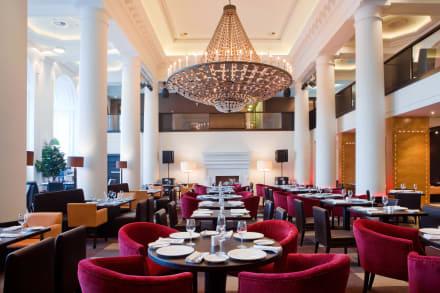 Tatler Club restaurant -