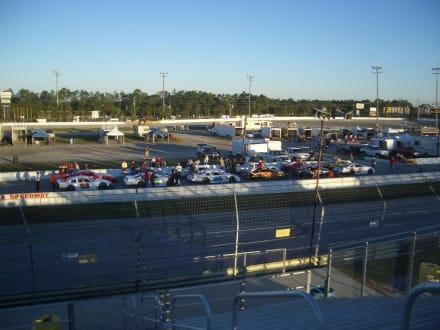 New Smyrna Speedway - Speedway New Smyrna Beach